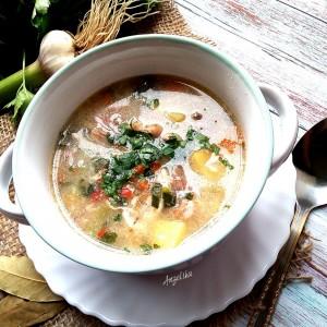 Пилешка супа со ориз и компири