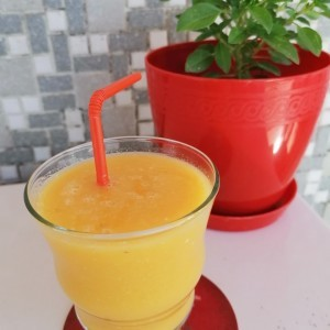 Смути од диња и портокал