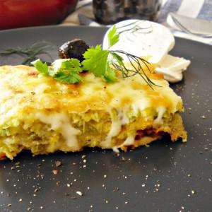 Тиквички со јајца и сирење