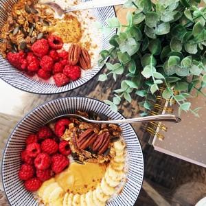 Чиа Пудинг со ленено семе