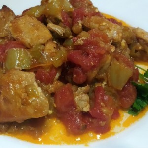 Летен пинџур со месо од рерна
