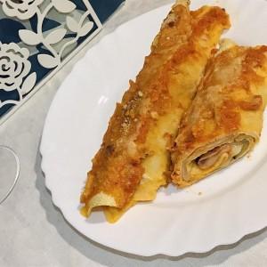 Италијански палачинки со мортадела и модар патлиџан