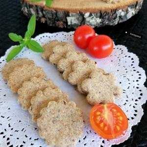 Крекери со ржано брашно, лен и чиа