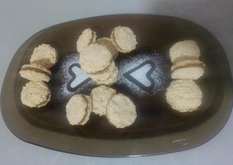 Падобранци (со бисквити и кокос)