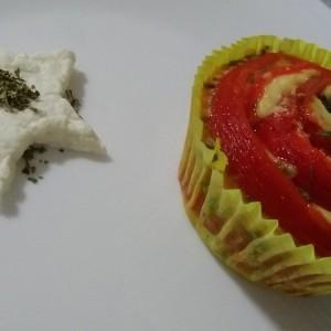 Цвет мафини од црвени пиперки, урда и јајца
