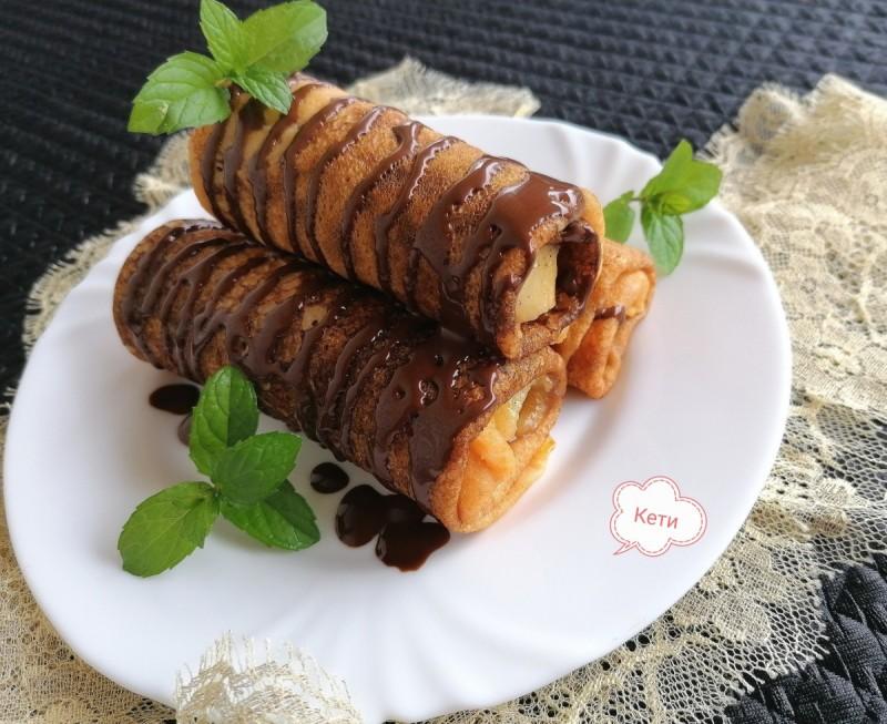 Палачинки од тиква со полнење од јаболко и дуња