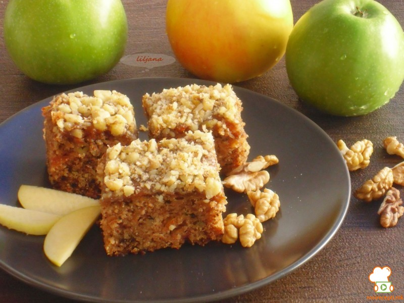Колач со јаболки - 4,3,2,1 (посно)
