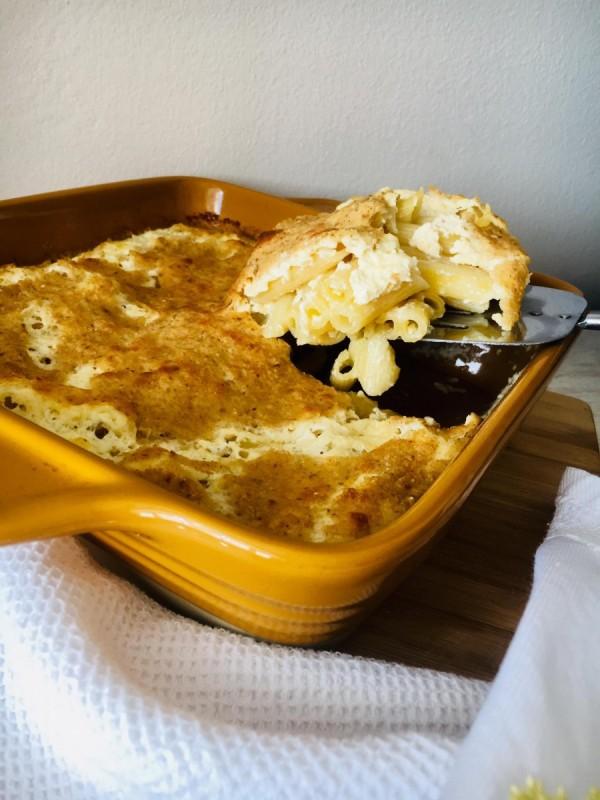 Макарони со сирење