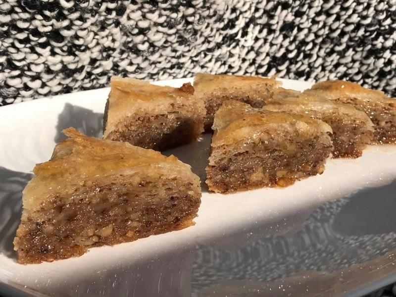 Баклава со путер и ореви