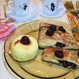 Палачинки со ванила крем и овошје