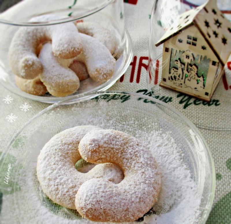 Божиќни ванила колачиња - потковици
