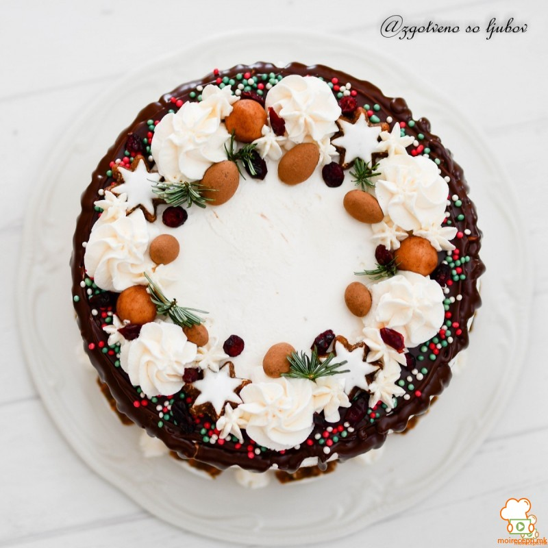 Торта Божиќен венец