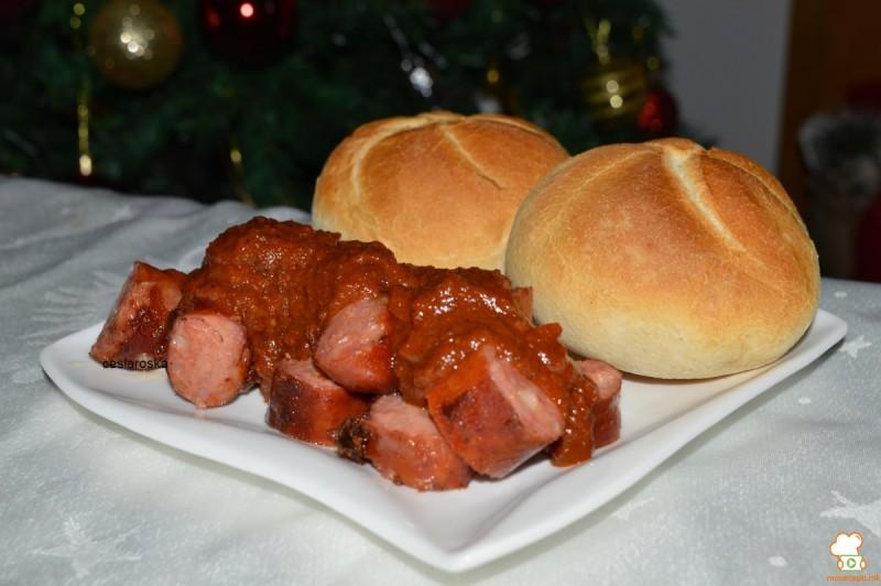 Колбаси во кари сос(currywurst)