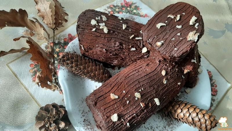 Божиќно дрво- чоколаден ролат