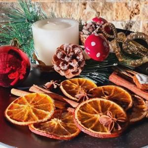 Сушен и лакиран декоративен портокал