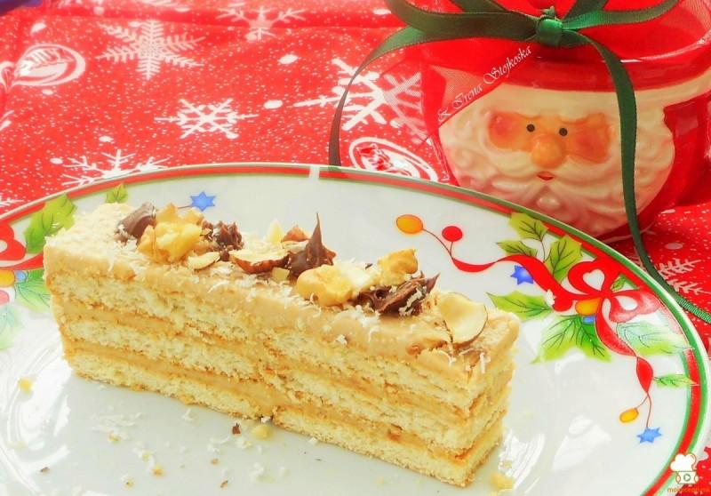 Торта со редени бисквити (без печење)