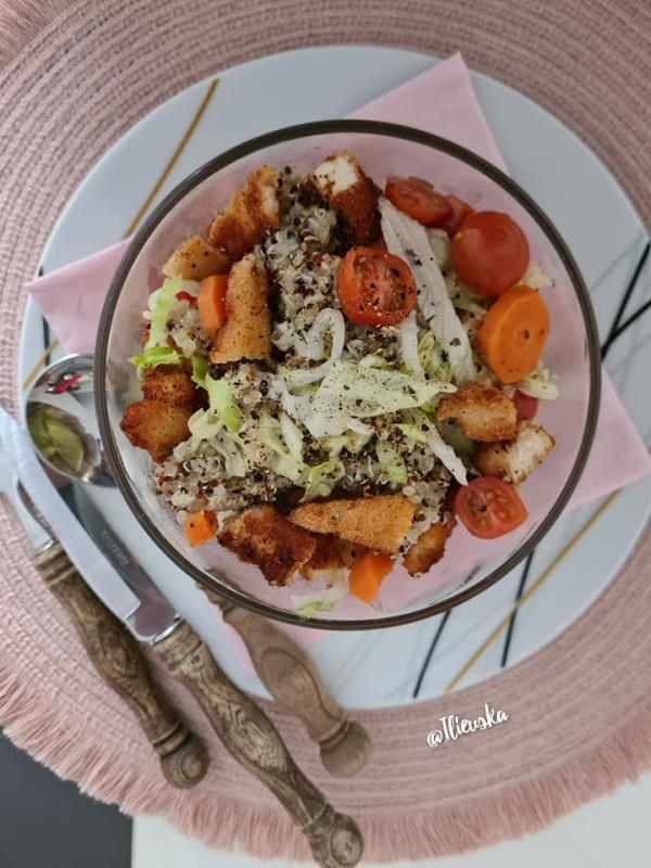 Редена салата со похован стек
