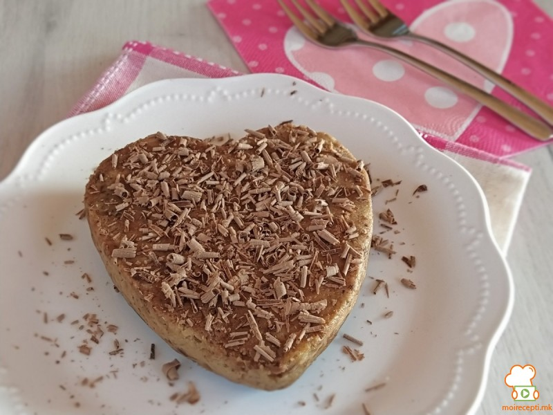 Орев торта со чоколадо (без печење)