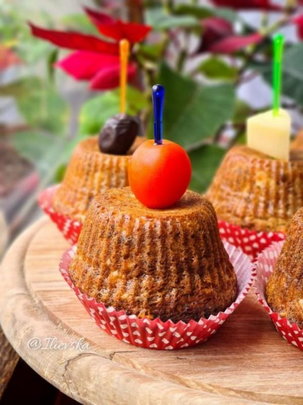 Солени мафини со семиња ( во апарат на топол воздух )