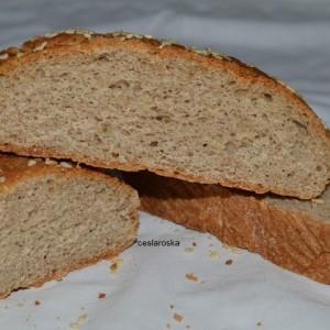 Леб од брашно од хељда и спелта