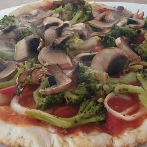 Вегетаријанска пица (без масло)