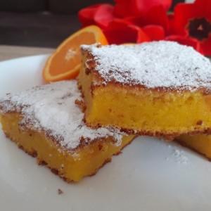 Сочен италијански колач со портокал