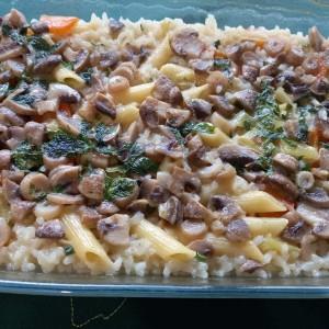 Посна тава со ориз и печурки
