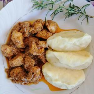 Сочно пилешко на Индиски начин со garam masala