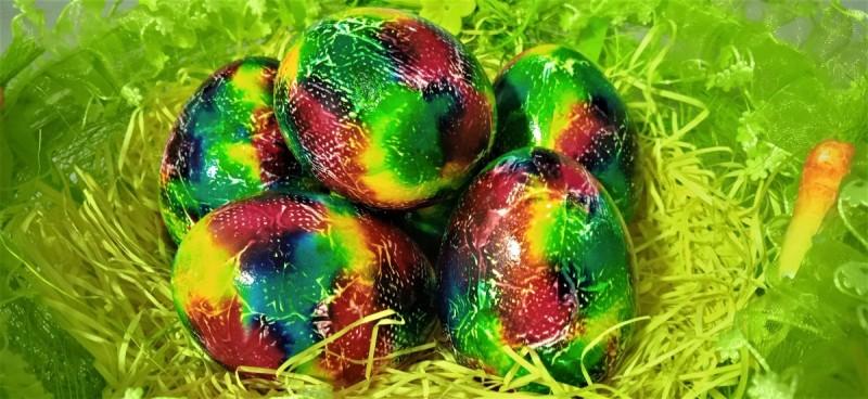 Шарени велигденски  јајца