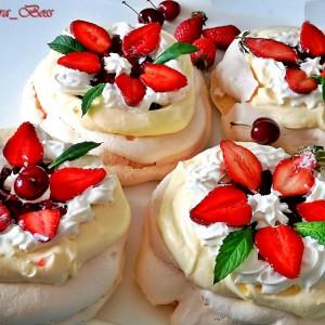 Павлова торта