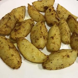Пекарски компир со разни зачини
