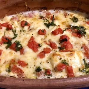 Топено сирење со печени пиперки