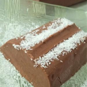 Сладоледен чоколаден десерт (без миксер)