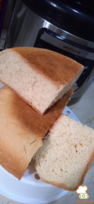 Домашен леб (печен во 18in1 MultiCooker)