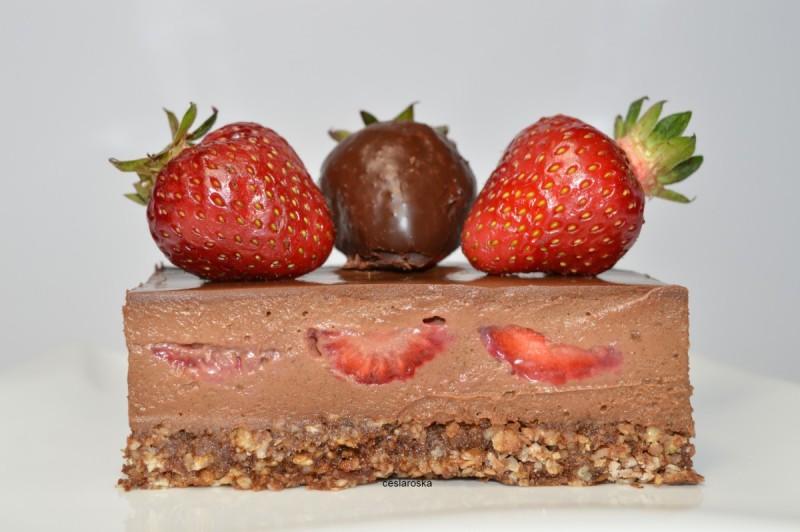 Чоколадно совршенство со јагоди, (јубилеен 400 рецепт)