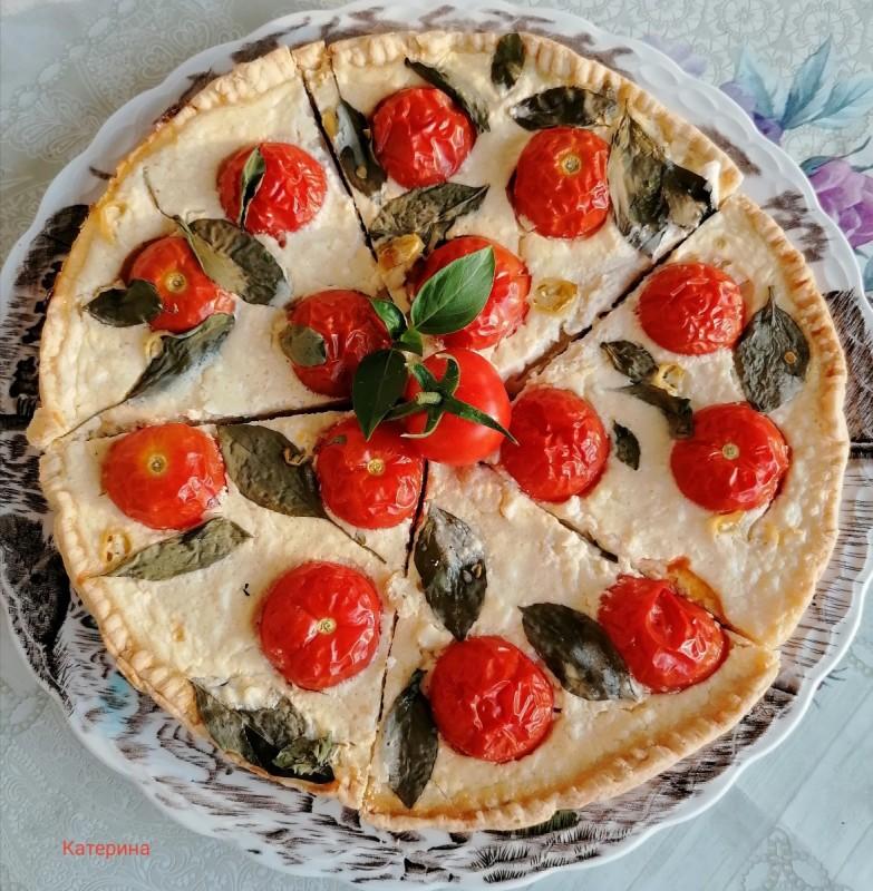 Солен тарт со шери домати