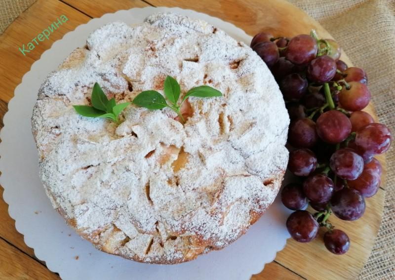 Рустичен, сезонски кревок колач