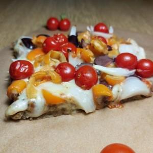 Пица со тесто од хељда