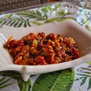 Пинџур со колбаси и кисела вода