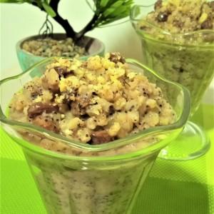 Десерт со пченица, афион, ореви и суво грозје (посно)