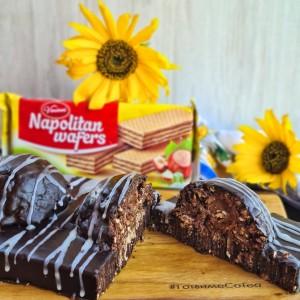 Чоколаден десерт со наполитанки